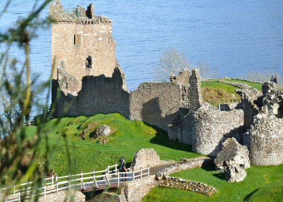 Loch Ness Ruin